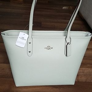 Coach City Zip Tote Pale Green Crossgrain Leather